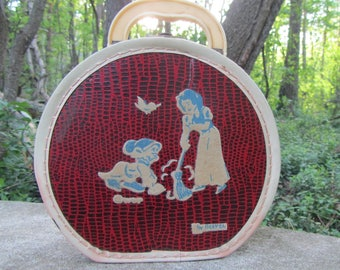 Snow White Doll Case or Purse by Neevel Vintage WDP