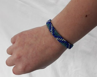 Blue Patterned Beaded Bracelet