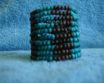 Bead and wood bracelet
