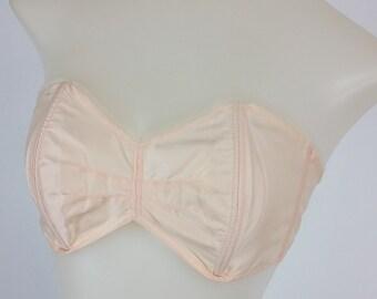 Dainty Vintage 50s Blush Pink Lightweight Strapless Nylon Bra!