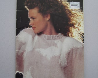 Patons Beehive 625 Carisia - Women's Sweaters Pullovers Cardigan Vest - Vintage Knitting Patterns Booklet 1989