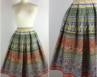 "Gabi-Modell Skirt - Vintage 1950s Skirt - 50s Cotton Circle Skirt - Swing Skirt - Ethnic Novelty Print - UK 8-10 Small W27""-"