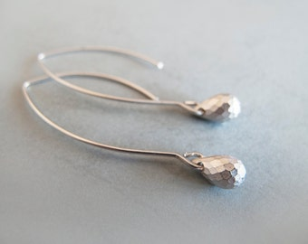 Silver Drop Dangle Earrings - Gift for her - Everyday Jewelry - Minimalist earrings