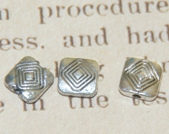5 beads silver-plated diamond patterned square 10 x 3, 5mm