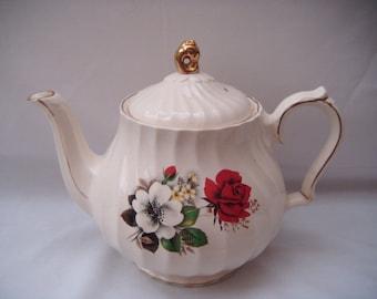 Sadler Lidded Teapot