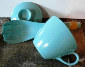 vintage kitsch ... MELMAC 3 pce Group RARE Salad SERVER Utensil ... fun find ...