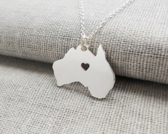 Silver Australia Charm Necklace,Australia Map Shaped Necklace with Heart,Australia City Necklace,Personalized Country Necklace,AU Pendant