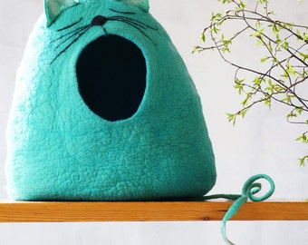 """Cat bed Cat cave Cat house Felted cat cave - """"Sleepy cat""""  Cat lover gift by Indre Naujokiene"""