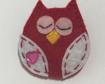 Red Felt Owl Brooch
