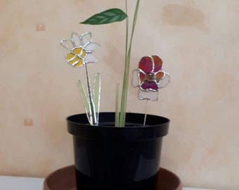 Stained glass flower plant stakes Mother gift Daffodil Narcissus Pansy stake spike garden Nature gift Welsh gifts under 20