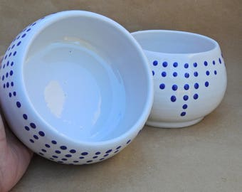 Pottery Bowl, Pink Or Blue Poka Dot Milk White Color, Handmade Bowl, Soup Bowl, Small Serving Bowl, Cereal Bowl, Salad Bowl, Ceramic Dish