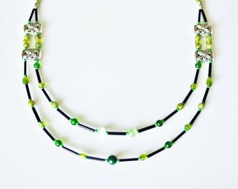 Necklace double strand necklace with Tibetan silver and green variegated