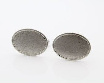 Vintage Sterling Silver Oval Cufflinks w Brushed Finish. [541]
