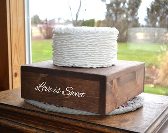 """18""""x18"""" Rustic Cake Stand, Custom Cake Stand, Rustic Wedding, Box Cake Stand, Wooden Cake Stand, Country Wedding, Fall Wedding, Wedding Cake"""