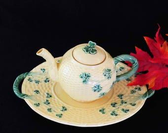 "PINHEIRO BORDALLO Shamrock TEAPOT & Platter / Basketweave Pattern - Made in Portugal / 14"" Long / Houswarming-Christmas Gift!"