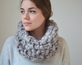 Alpaca Scarf - Chunky Knit Scarf - Infinity Scarf - Hand Knit Snood