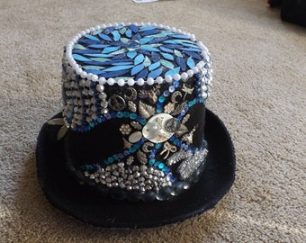 Oceans Dance Top Hat