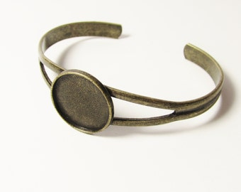 D-00351 - 1 Bangle ant. Bronze for Cabochon 20mm