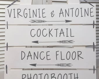 Customizable wooden wedding directional signs