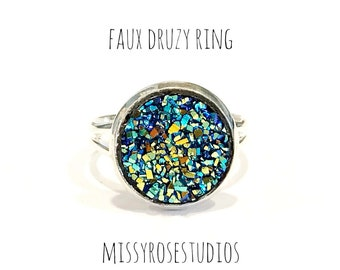 lightweight ring, druzy rings in silver, blue fashion jewelry, jewelry handmade, adjustable ring, blue gold ring, acrylic rings, blue ring