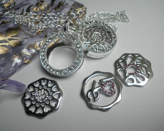 Beautiful pendant with 3 interchangeable cabochons rhinestones