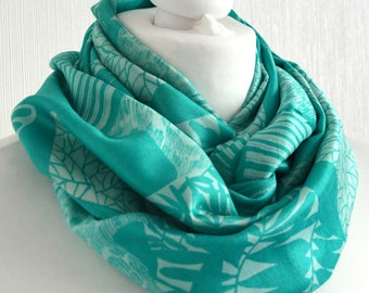 Mint Ivory Silk Scarf, Mothers Day Gift, Sari Silk Scarf, Silk Infinity Scarf, Eternity Scarf, Spring Scarf, Womens Scarf, Summer Fashion