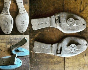 Metal Shoe Forms Vintage Industrial Decor Cobblers Tool Childs Size 4 Heavy Steel Set of 2 One Pair Sole Pattern