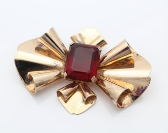 Large Vintage Rose Gold on Sterling Silver Faux Ruby Brooch. [2155]