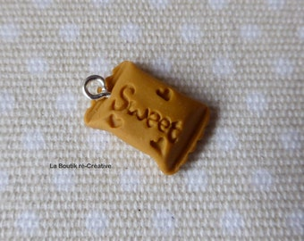 """1 x 17mm caramel candy """"Sweet"""" polymer clay pendant charm"""