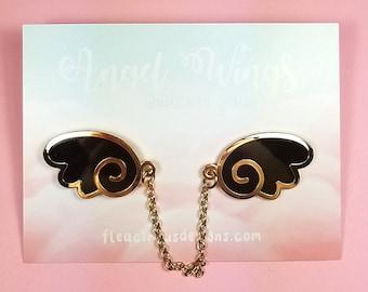 Angel wings enamel pins with chain - black gold wing lapel pin brooch badge flair collar pin hat pin kawaii anime manga japanese fashion