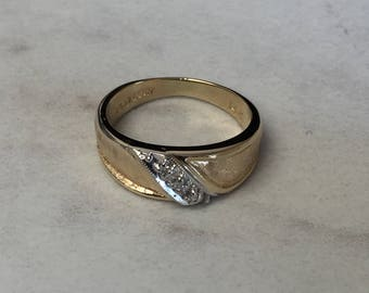 14kt Yellow Gold Lady's Diamond Wedding/Anniversary Band at an Incredible Price.