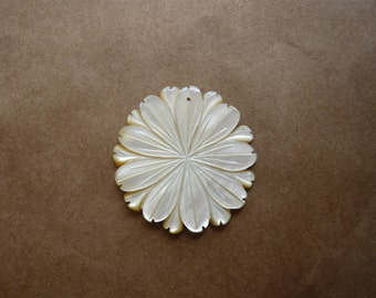 Vintage Mother of Pearl Flower Pendant