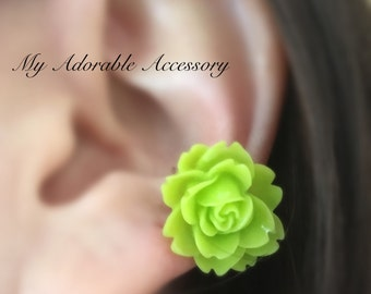 Large Green Flower Wire Conch Ear Cuff