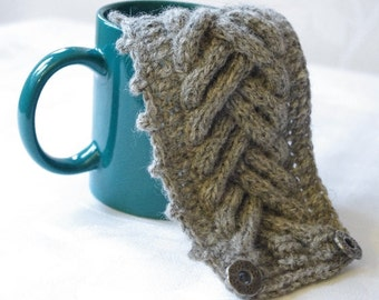 Knitted grey coffee cup cozy. Tea Cup cozy. Wool cup warmer.