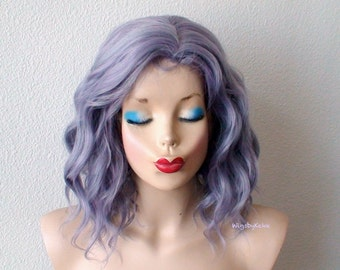 Gray wig. Lace front wig. Mother of pearl gray wig. Short Beach wave wig. Durable heat friendly wig for everyday wear or Cosplay