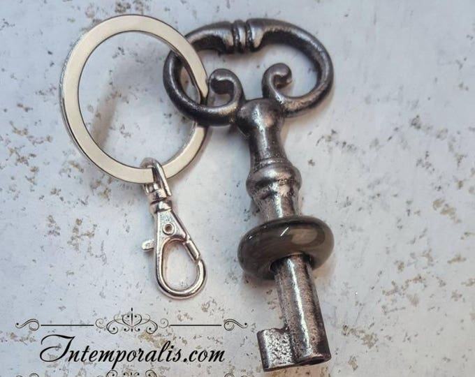Keyring with antique skeleton key and lampwork bead, OOAK, SAPCCLEF03