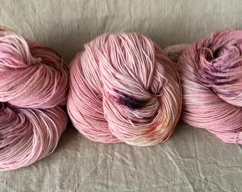 Hand-dyed glitter sock yarn from merino sheep, high-twist, stardust-sock, Raspberry dream