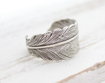 Silver Feather Ring, Feather Jewelry, Gifts Under 20, Trending Jewelry, Adjustable Feather Rings, Unique Jewelry, Cute Feather Rings