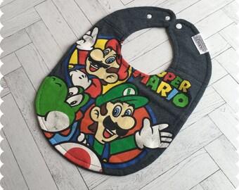 Super Mario Baby Bib, Recycled T-Shirt Baby Bib, Video Game Baby, Baby Boy Gift, Baby Shower Gift, Nerd Baby, Geek Baby, Yoshi Baby