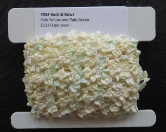 Buds and Bows Pale Yellow and Pale Green 4053