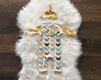 Baby girl coming home outfit, newborn take home, chicken, going home, Organic baby clothes, one piece outfit and hat, romper, 0-3 months