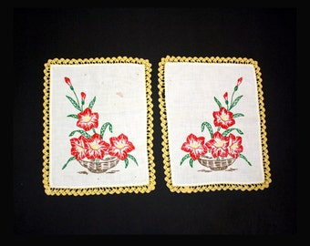 Vintage Set of Two Red Amaryllis Doilies (E2869)