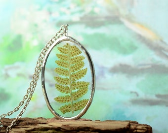 glass terrarium necklace, fern pendant, boho pendant, gift for daughter, gift for wife, nature woodland jewelry