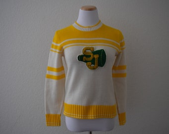 FREE usa SHIPPING Vintage 1980s cheerleader sweater/ scoop neck sweater/ green and gold/ acrylic size S