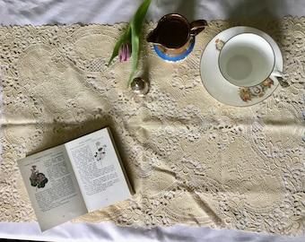 Vintage pvc lace plastic placemat table mat, cream