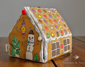 Wee Fabric House: Gingerbread House