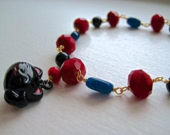 Beaded maneki-neko charm bracelet – Swarovski, Blue Tiger Eye, Blue agate