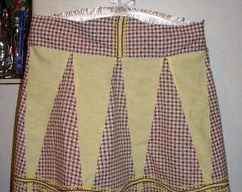 Apron Brown & White Gingham Apron Retro, Kitschy, Pin Up True Vintage REDUCED PRICE