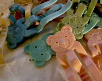 TEDDY BEAR Plastic Pastel Clothes PINS 1960's-'70's German Dolly Clothes Pins Vintage, Teddy Bear Clothes Pins, Vintage Dolly Clothes Pins
