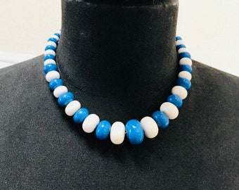 Vintage 1970s Blue & White Circular Beads, Choker Length Necklace